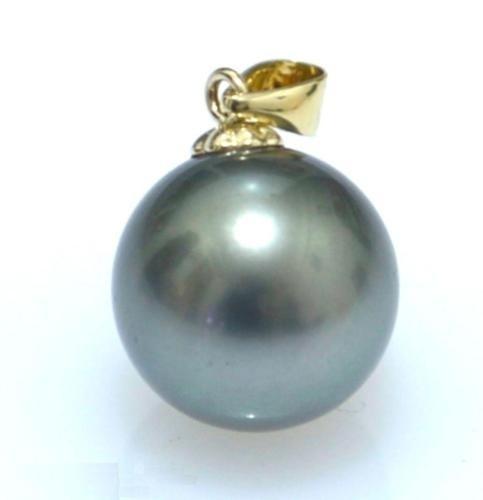Jewelry, gold, heart pendant, necklace pendant