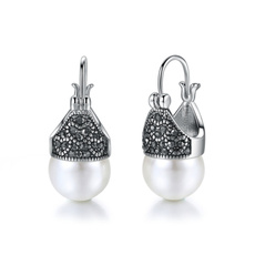 Heart, Fashion, pearls, vintage earrings