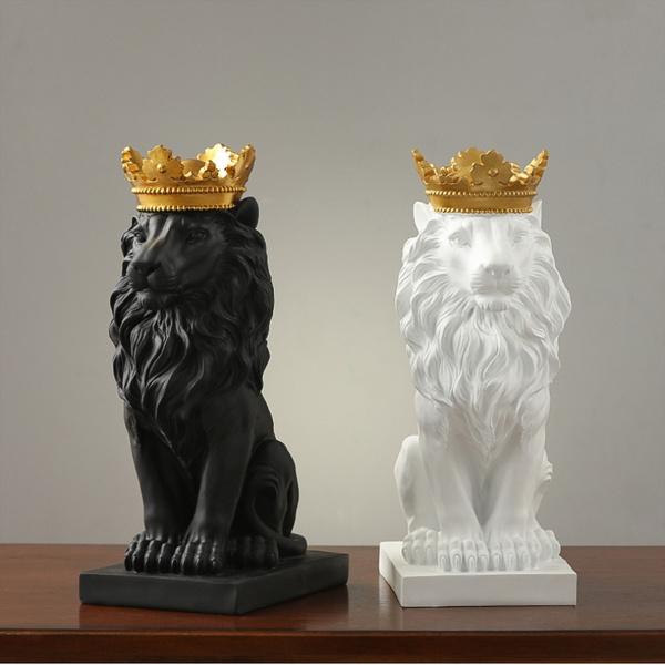 decoration, liondecoration, Christmas, lionstatue