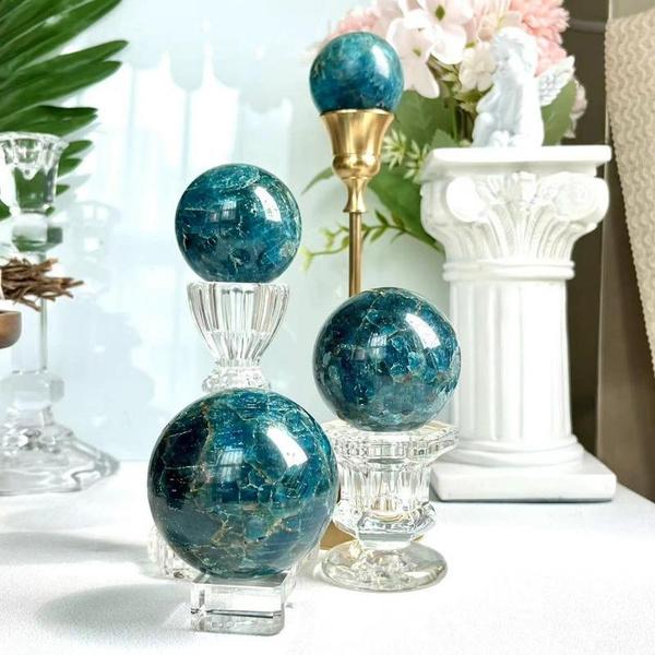 Blues, Stone, quartz, polished