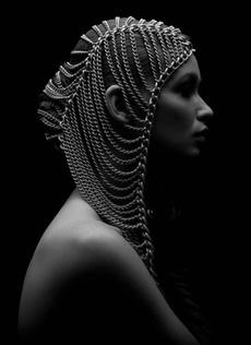 Head, Fashion, Jewelry, Chain