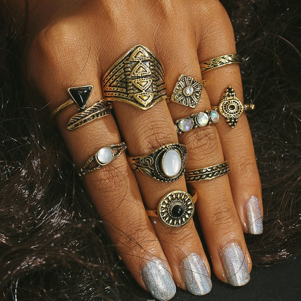 Nails, gold, Gifts, Beauty