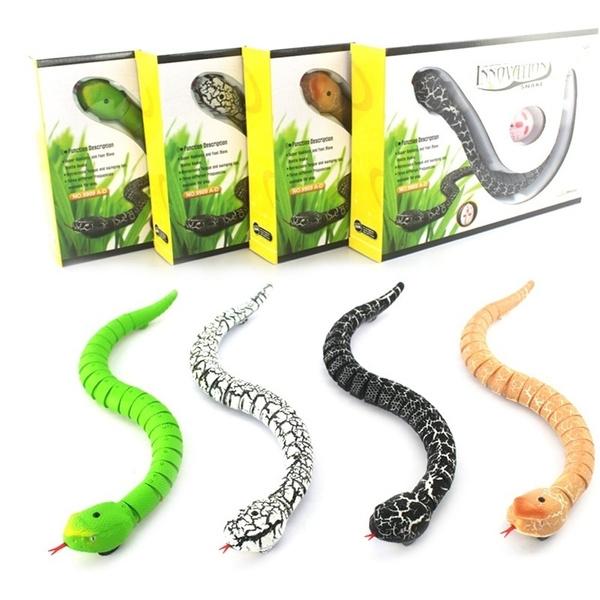 ATATMOUNT Novelty Remote Control Snake Rattlesnake Animal Trick Terrifying Mischief Toy