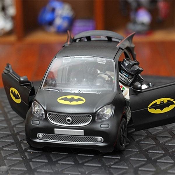 Batman Thema Smart Fortwo 1//28 Metall Die Cast Modellauto Spielzeug Pull Back