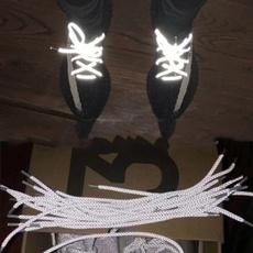 casual shoes, shoelaces, reflectiveshoelace, reflectivelight