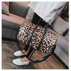 weekenderbag, dufflebag, Totes, leopard print