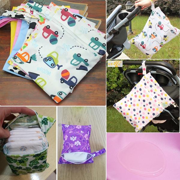 Petite Print Reusable Bag Zipper Wet Bag Pacifier Pouch Reusable Feminine Products Water Resistant Pouch PUL Lining Quick Dry Design