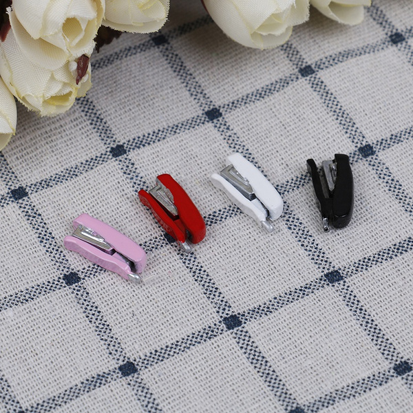 1:12 Dollhouse Miniature Metal Stapler Stationery Office School Miniature Gif FE