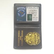 cardpackage, residentevil, leather, medals