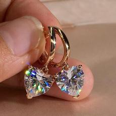 18 k, Heart, DIAMOND, moissanite earrings