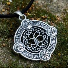 necklaces for men, Triangles, vikingnecklace, necklace charm