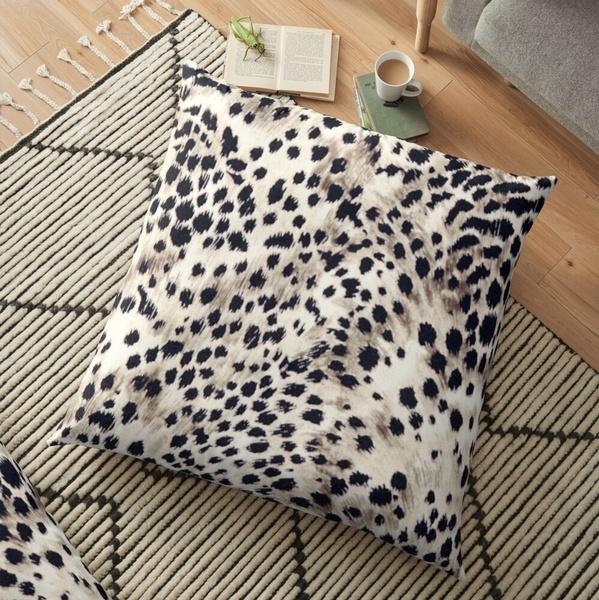 leopard print, fauxanimalfursnowleopard, Leopard, Pillowcases