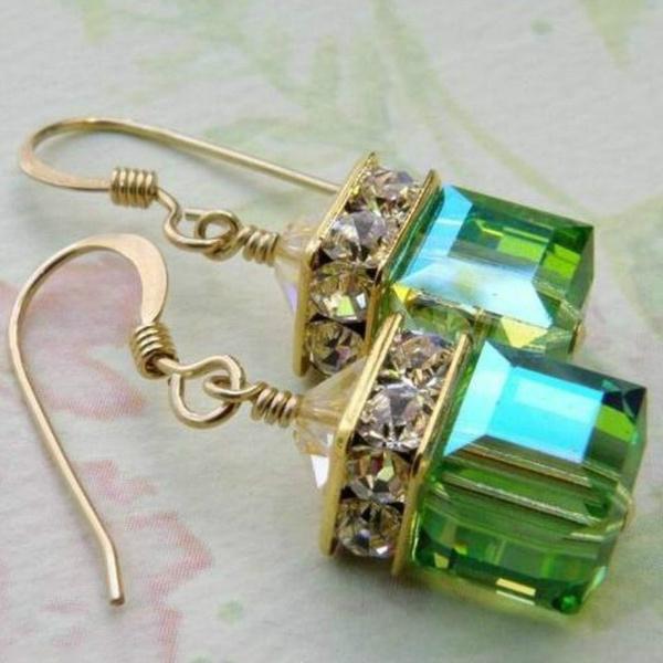 greenearring, augustbirthdaybirthstonejewelry, Dangle Earring, Jewelry