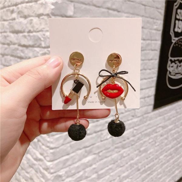 Earring, lip, Winter, Design