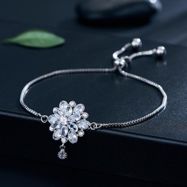 Charm Bracelet, wristbandbracelet, datingaccessorie, Women's Fashion & Accessories