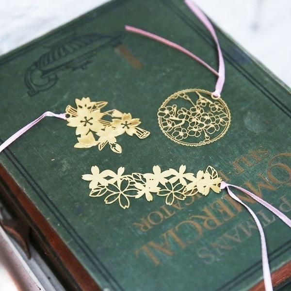 cute, hollowmetalflowerbookmark, Flowers, alloybookmark