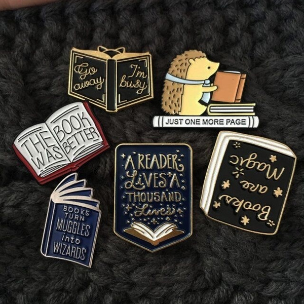 bookbadge, bookpin, bookloverpin, Pins