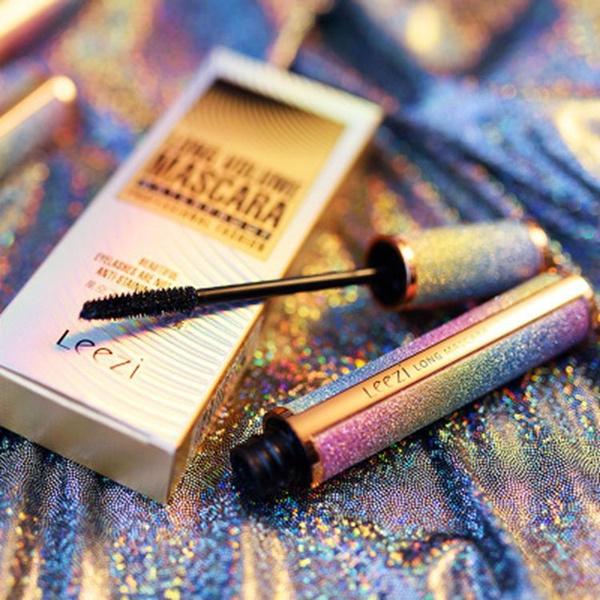 Makeup, waterproofmascara, blackmascara, Beauty