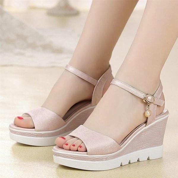 Wide Feet and Fat Feet, Sandals