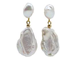 Shorts, Jewelry, Pearl Earrings, pearls