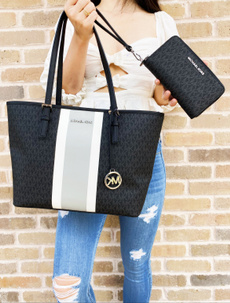 Medium, Totes, purses, Wallet
