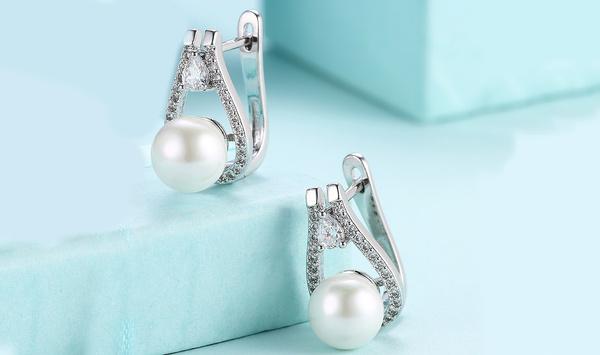 White Gold, Dangle Earring, pavesetting, Pearl Earrings