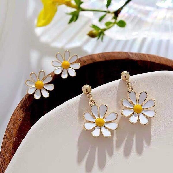 daisyearring, cute, Flowers, chrysanthemumearclip