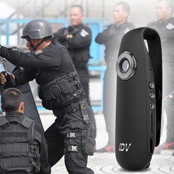 Los vigilantes podrán utilizar microcámaras para grabar sus intervenciones