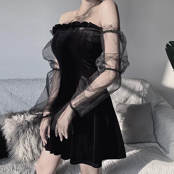 ladysblackdres, Goth, sexcydres, darkstreetwear