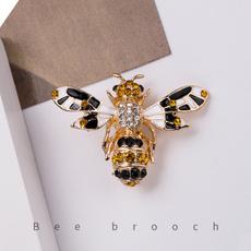 fashionbrooch, brooches, enamelbrooch, Rhinestone Brooch
