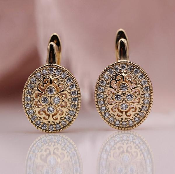 Fashion, vintage earrings, Wax, engagementearring