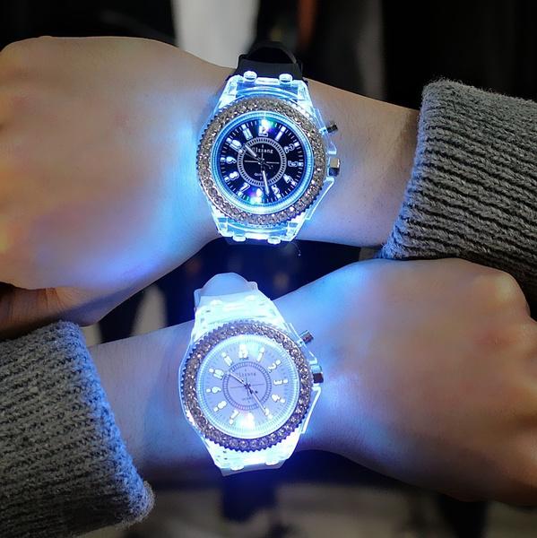 Women, quartz, bracelet watches, Geneva