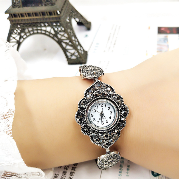 Fashion, relojdemujer, relogiosfeminino, crown
