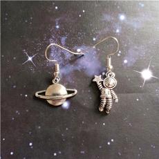 gothicearring, Dangle Earring, punk earring, spaceman