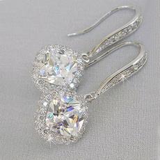 DIAMOND, diamondpendantearring, Elegant, essentialforelegantwomen