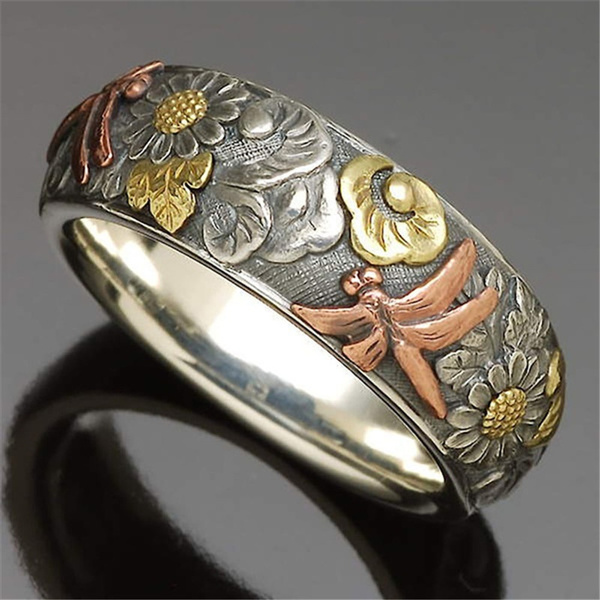 Couple Rings, dragon fly, Flowers, wedding ring