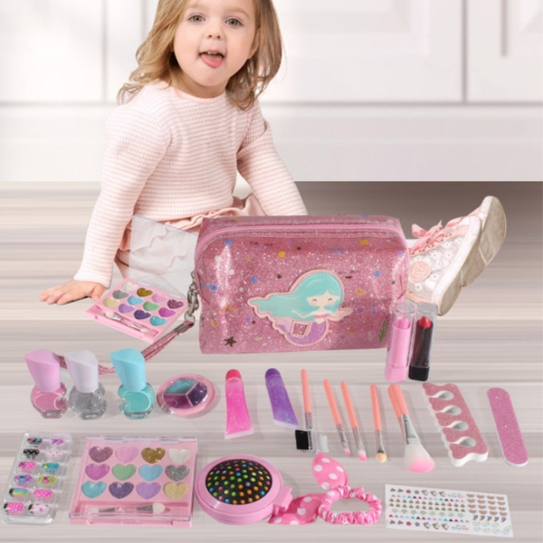 Toy, Makeup bag, Gifts, Beauty