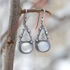 Triangles, vintage earrings, Moonstone, hookearring