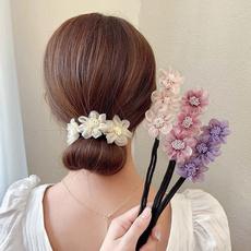 Hair Curlers, hairstyle, Flowers, hairbun